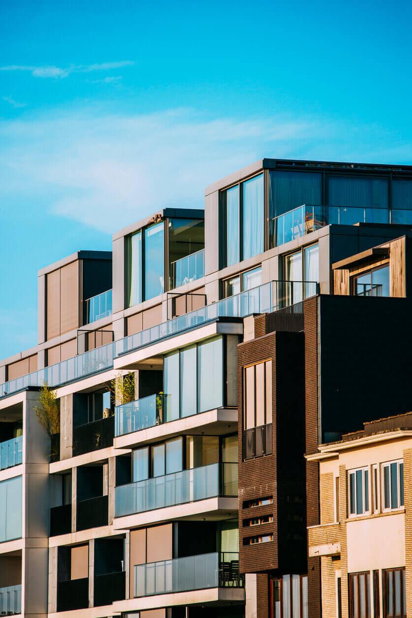 Nye boliger, blå himmel